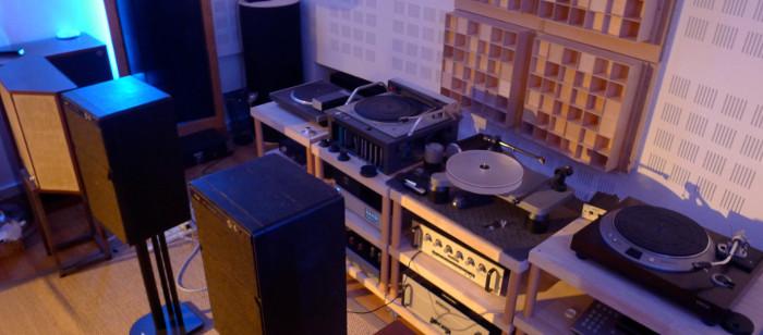 hifi vintage audiophile collectionne la haute fid lit d 39 occasion hi fi de qualit ann es 1960. Black Bedroom Furniture Sets. Home Design Ideas